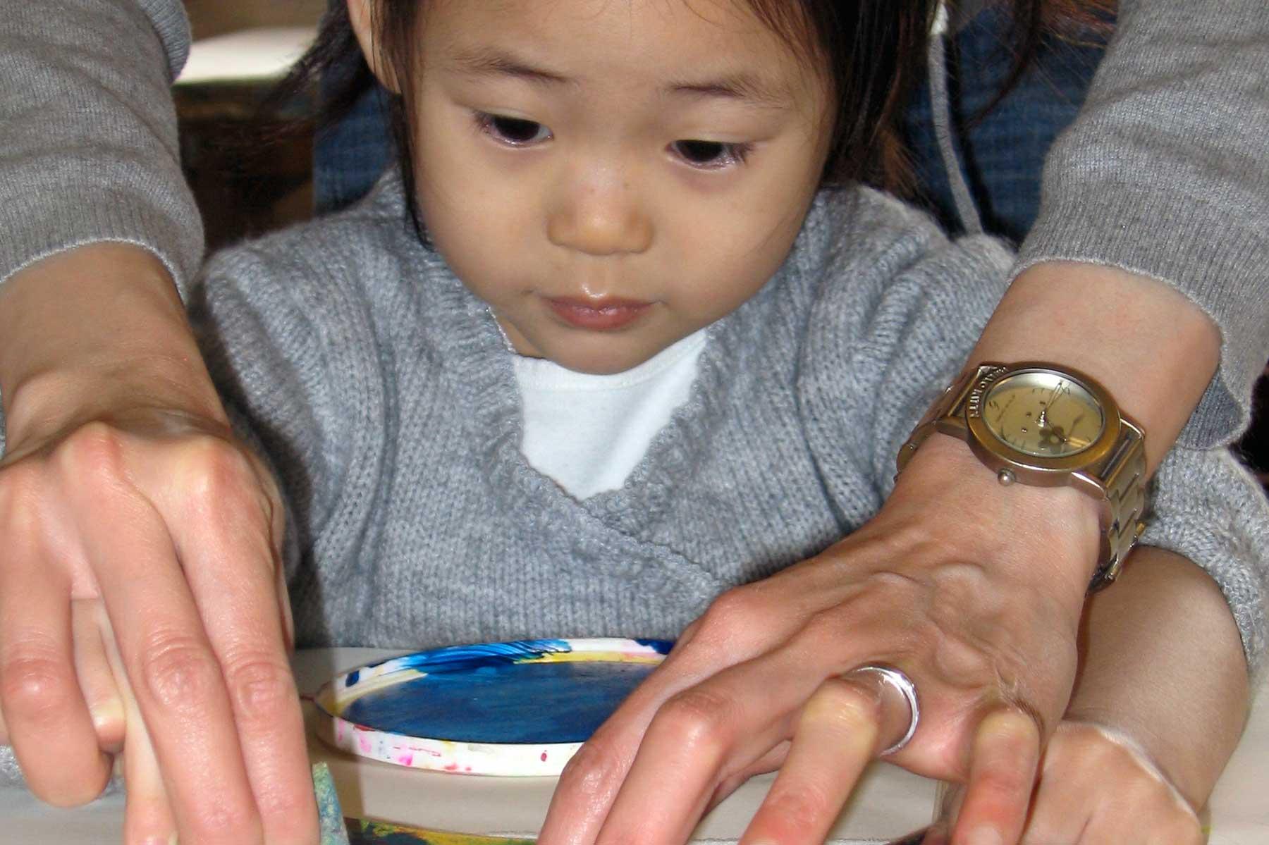Active Art – Infants and Toddlers Drop-In Art Activities
